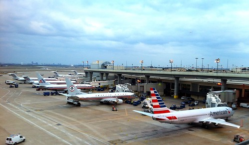 Three Generations of the American Airlines Livery