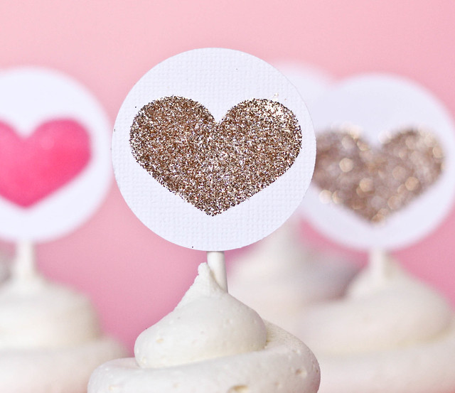Heart Simple Cupcake Toppers