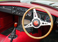 automobile, automotive exterior, wheel, vehicle, mg mga, steering wheel, antique car, land vehicle, luxury vehicle,