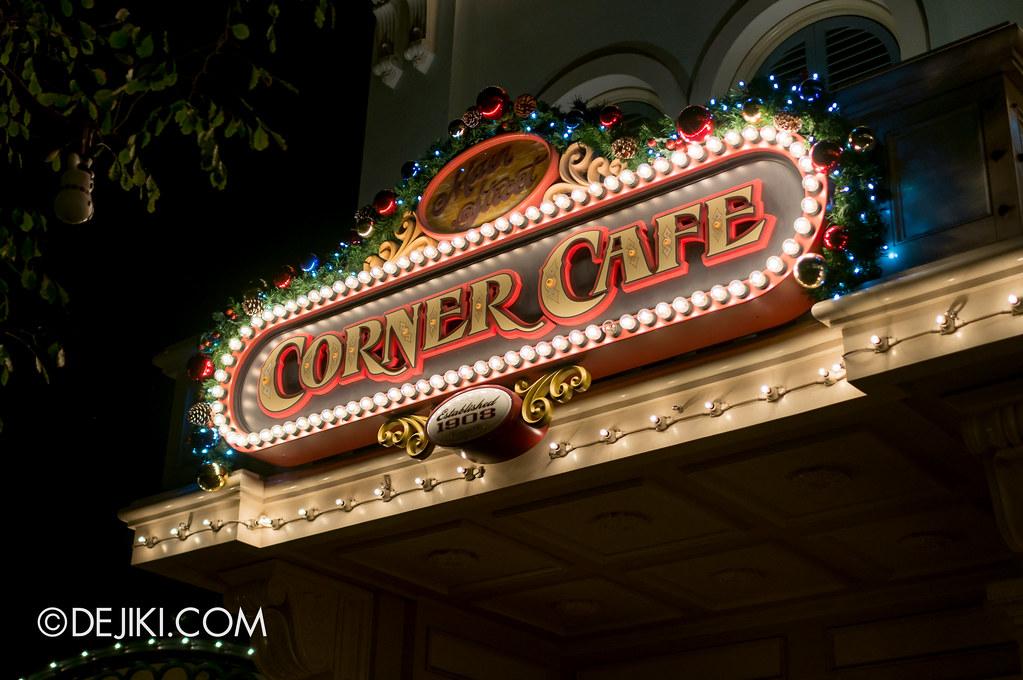 Corner Cafe sign