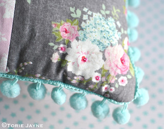 Patchwork cushion sewing tutorial