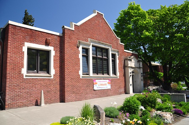 Hood River County Library