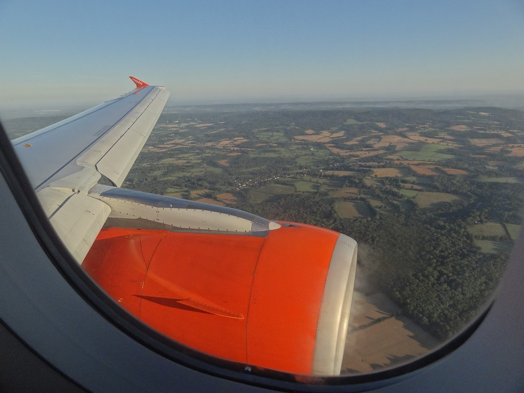 Review of easyjet flight from london to glasgow in economy for Interieur avion easyjet