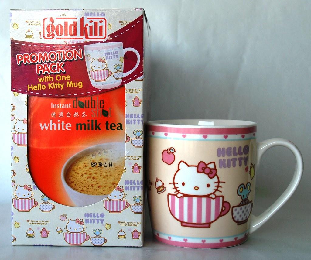 Hello Kitty Cup w Double Shot White Milk Tea