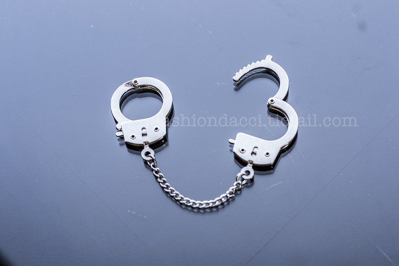 handcuff ring blog