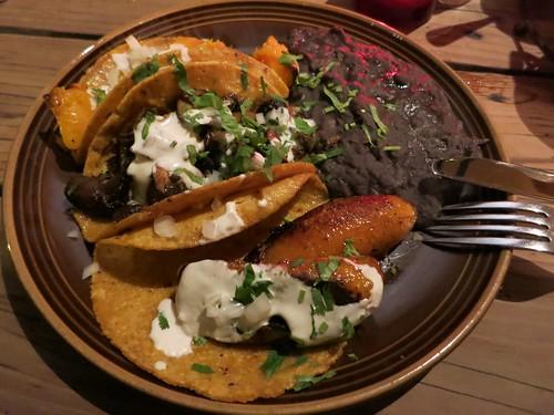Gracias Madre - Tacos