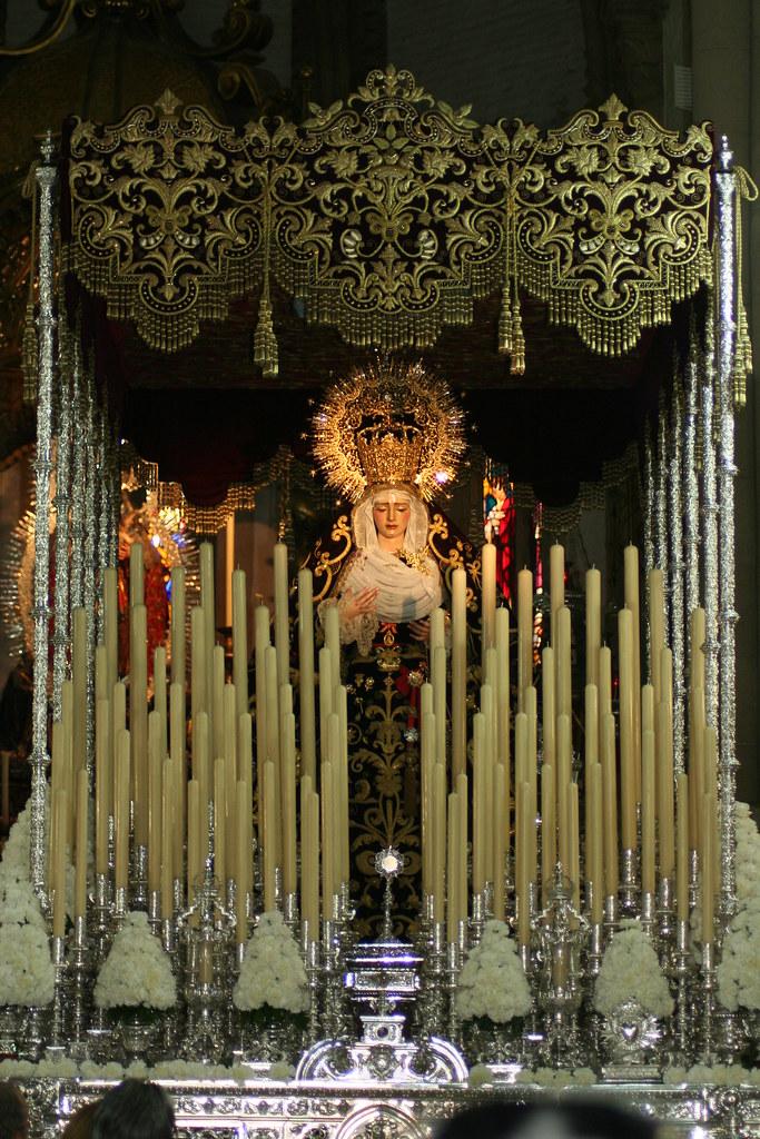 Paso de Nuestra Señora de Gracia y Amparo, 2012
