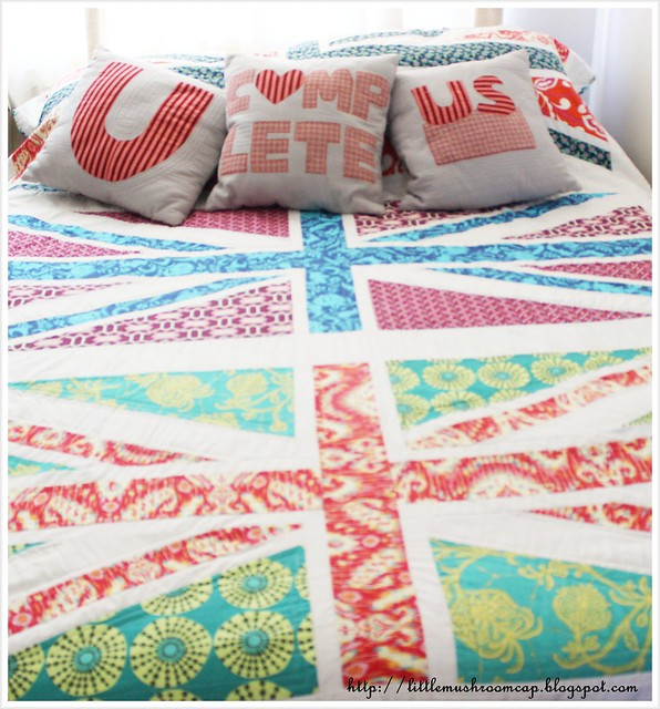 Bed Union Jack and pillow UcompUs