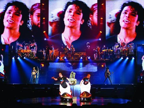 michael-jackson-the-immortal-world-tour-en-mexico_116232.jpg_22542.670x503