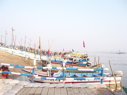 Boats ready for the devotees to visit Sangam