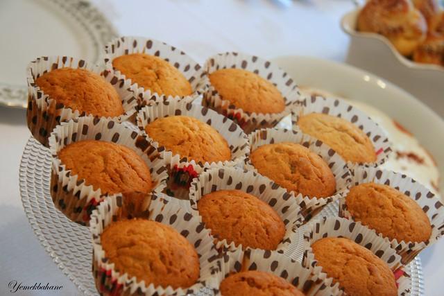Elmalı Cevizli Mini Kekler
