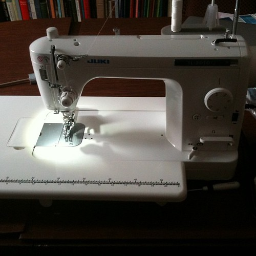 My new best quilting friend, juki 2010q!!!!! She's amazing. The Janome Horizon has found a new home and I am thrilled to have replaced it with the lovely 1980 Bernina nova 900 and this juki -- a less $$ combo than the Horizon and they're making me sososo