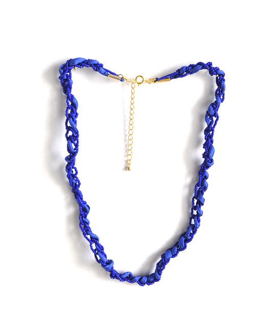 blue chain necklace