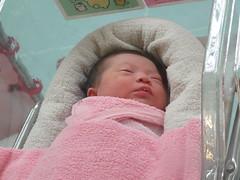 0M4H嬰兒室探視.JPG