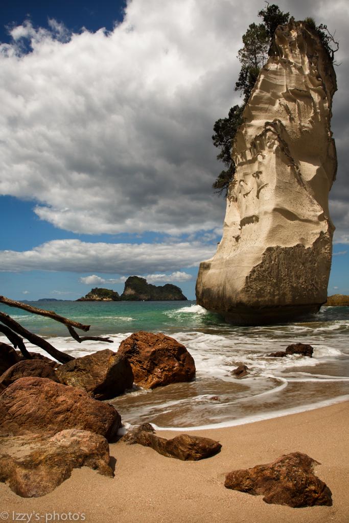 8425899721 eb42687437 b 14 Amazing Beaches Around the World