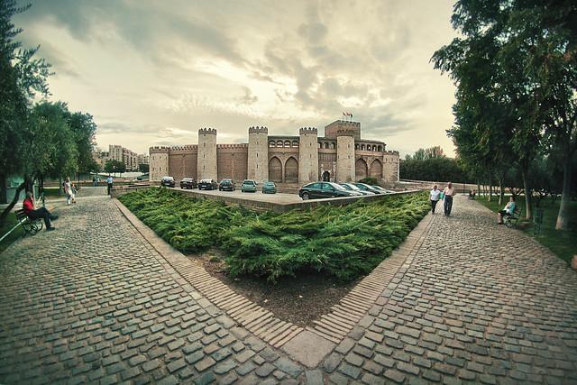 Palacio de la Aljafería, Zaragoza, Spain by Flckr CC Juanedc.com