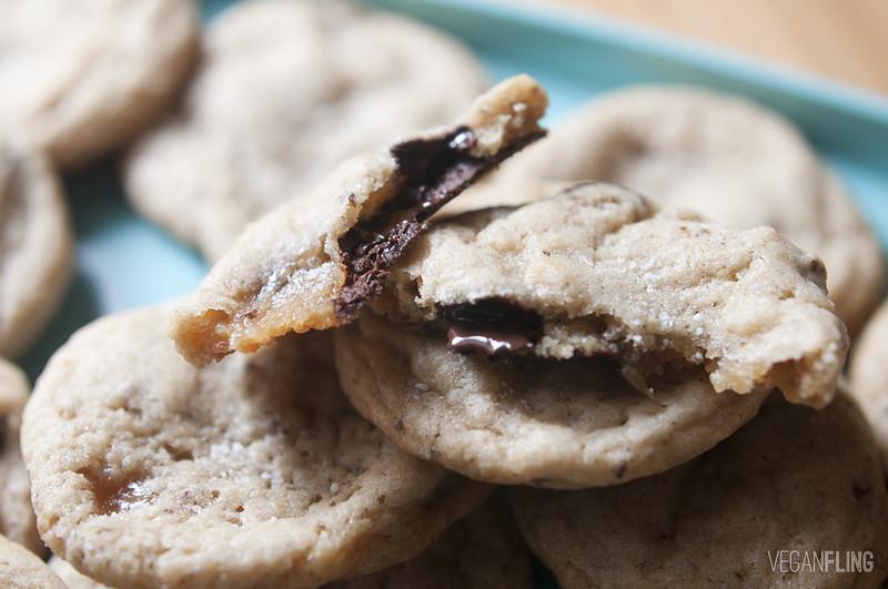 caramelchocolatechipcookies4_veganfling