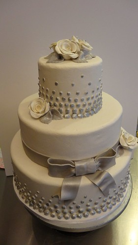White & Silver Marzipan Wedding Cake by CAKE Amsterdam - Cakes by ZOBOT