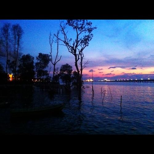 uploaded:by=flickstagram instagram:photo=7520863825477 instagram:venue_name=kompleksikanbakarterapung instagram:venue=2946511