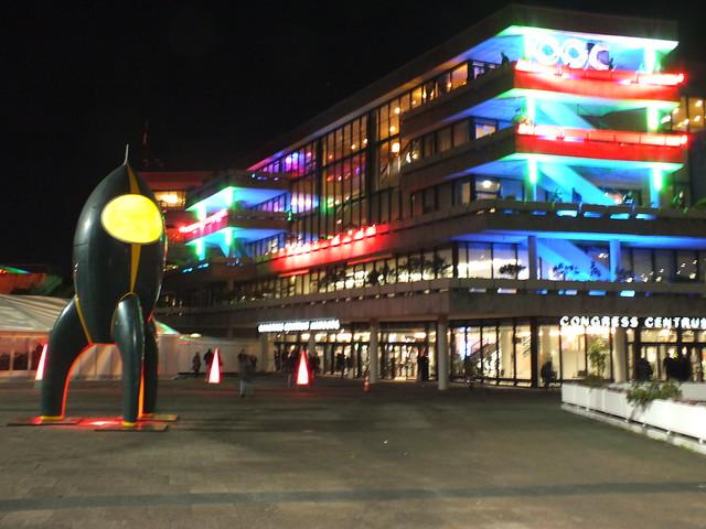 Das Congress-Centrum bei Nacht