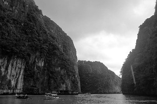 Phi Phi Islands - Pileh Cove