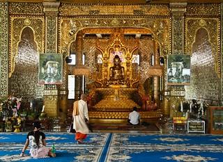 Image of  Paya Botataung. slr canon temple pagoda asia buddha yangon burma buddhism myanmar paya dslr tamron rangoon 18270 botataung 18270mm eos600d 18270mmf3563diiivcpzd