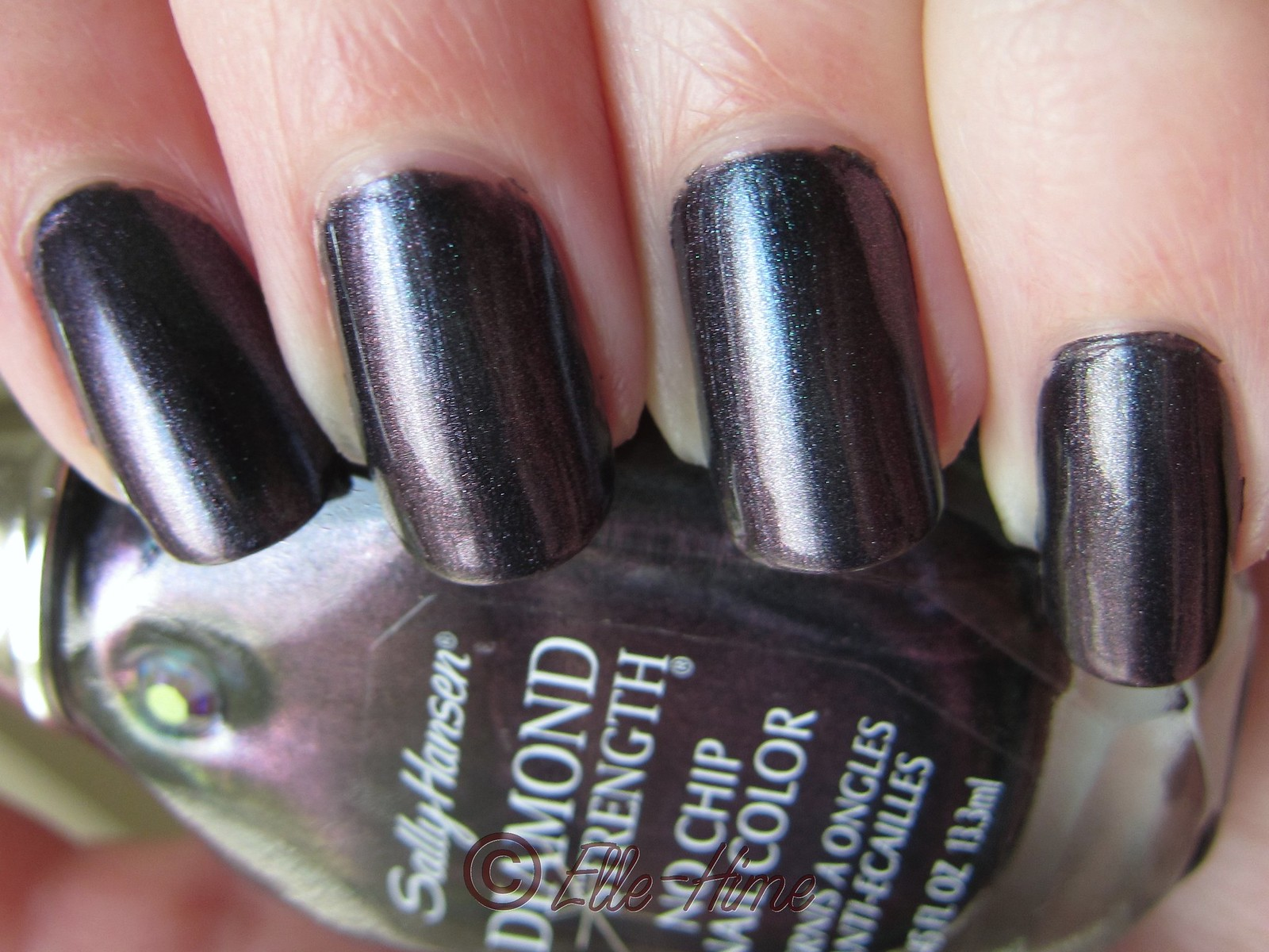 Princessly Polished: Sally Hansen: Black Tie - a special manicure