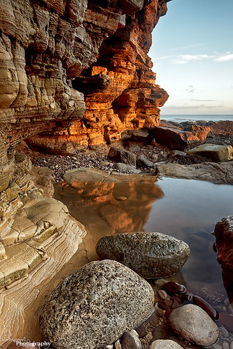 light sunlight beach sunrise canon reflections rocks cliffs redsnapper sunderland whitburn davebrightwell
