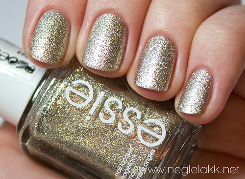goldenessie-039