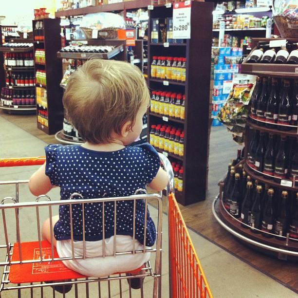 shopping at super ché
