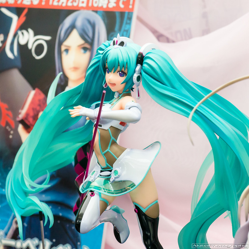 Freeing_Racing_Miku_2012#11