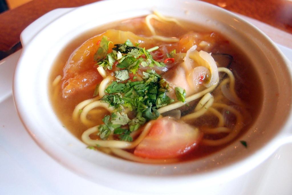 1 Market's Thai seafood noodle soup