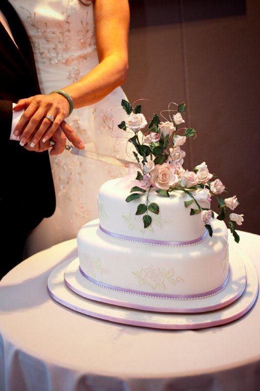 Elaborate One And Two Tier Wedding Cakes Toowoomba