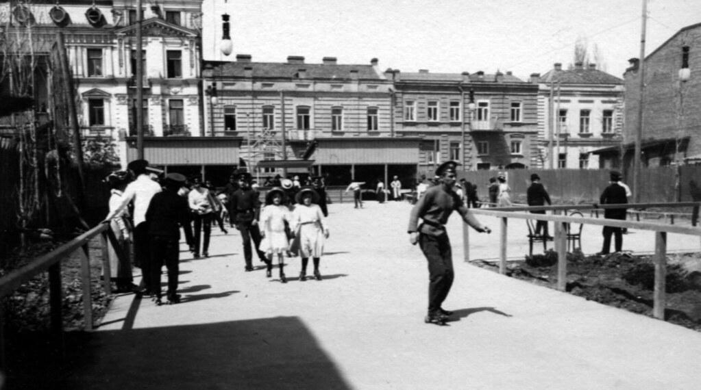 Фото 46  .Роликовый каток на Земеле май 1910 г.