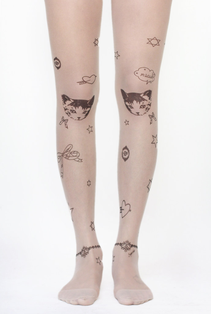 cat kitty tights on knees with stars and hearts by Tarte Vintage at shoptarte.com