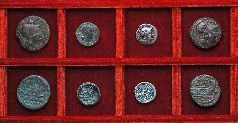 RRC 085 H bronzes, RRC 86 Q quinarius and triens, Ahala collection, coins of the Roman Republic