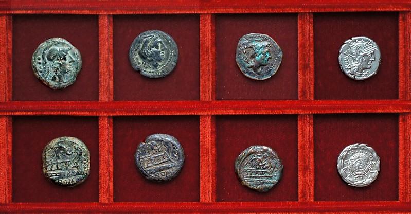 RRC 262 elephant head bronzes, RRC 263 M.METELLVS Q.F Caecilia denarius, Ahala collection, coins of the Roman Republic