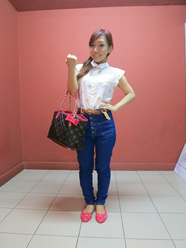 Carlo Rino, Carlo Rino Fall Winter Collection, Carlo Rino Singapore, nadnut, nadnut Carlo Rino, Singapore Fashion Blog, singapore lifestyle blogger, Singapore Fashion Blog, Outfit of the day, Outfit for the day, What I wore today, Lookbook, Carlo Rino handbags, cute outfits, retro outfits
