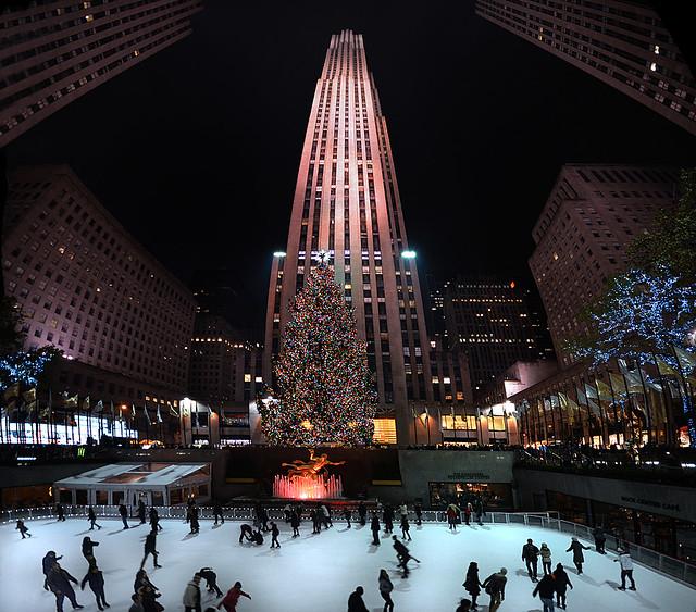 Rockefeller Center y su árbol de Navidad en Nueva York