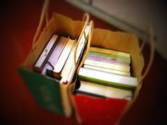 book for two: スタバに古本を持っていくの図