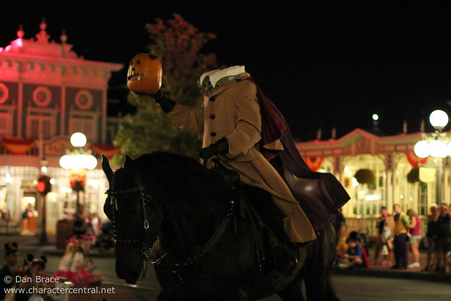 "Mickey's ""Boo-to-You"" Halloween Parade"