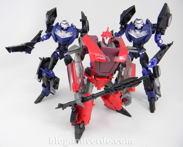 Transformers Knock Out Deluxe - Prime RID - modo robot vs Vehicons