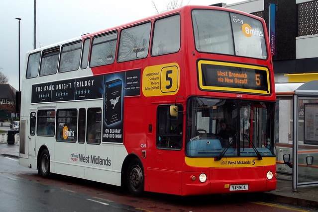 National Express West Midlands Volvo B7TL/Plaxton President 4049 (V49 MOA)