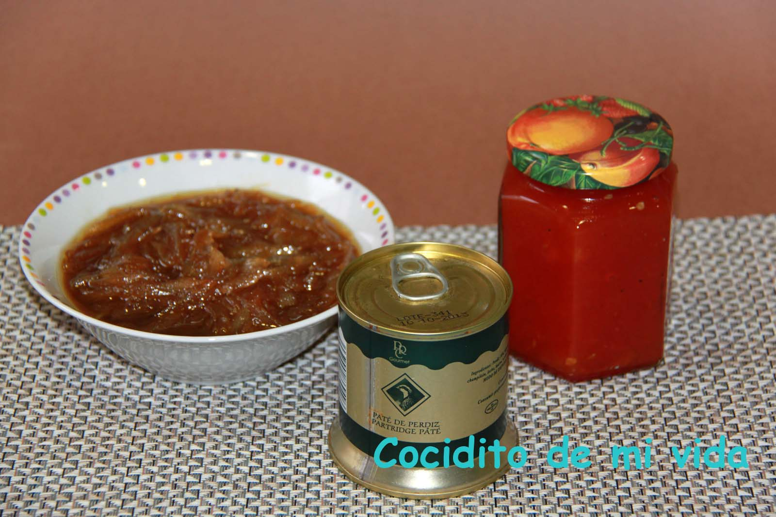 Cocidito de mi vida canap s de pat de perdiz tomate for Canape de pate con cebolla caramelizada