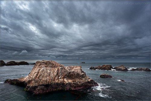 california seascape storm rain rock clouds coast bigsur carmel garrapatastatepark garrapata