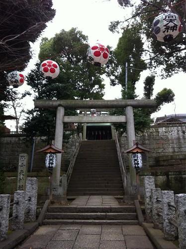 2012-12-31新宿西向天神社