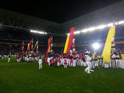 Castellers del Baix al partit de Catalunya