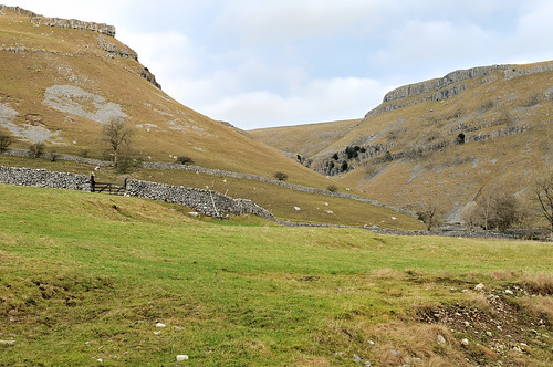 On the way to Gordale Scar by Andy Pritchard - Barrowford