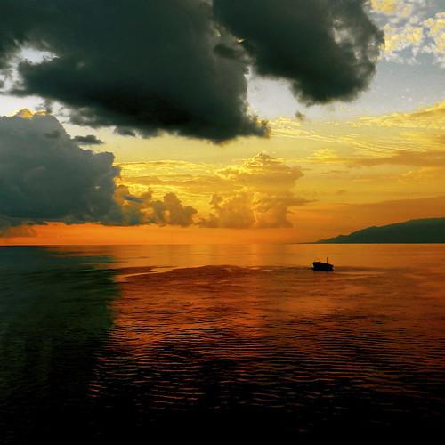 dawn boat barca day cloudy alba mygearandme mygearandmepremium mygearandmebronze mygearandmesilver mygearandmegold giorgioghezzi mygearandmeplatinum mygearandmediamond