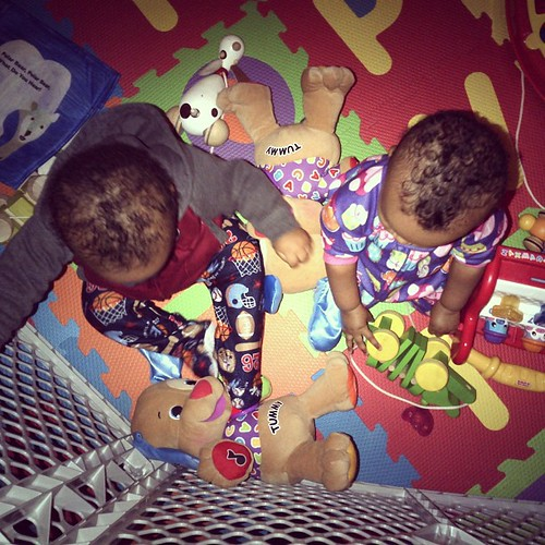 Play time before bed time #hickstwins